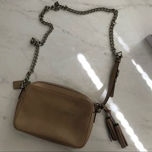 Coach Bags - Coach Tan Leather Crossbody